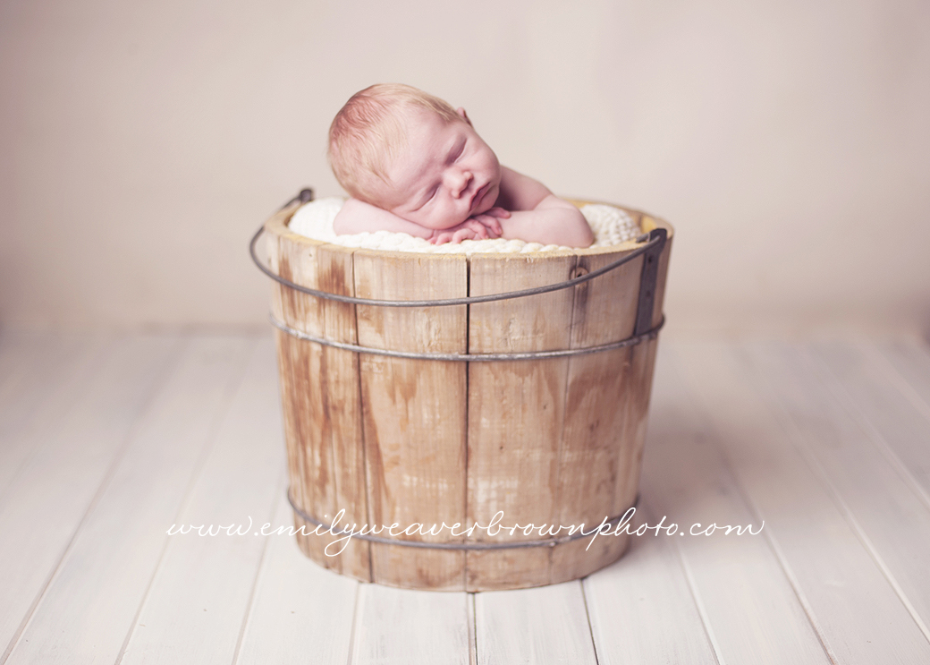 sly little smile | Seattle Newborn Photographer